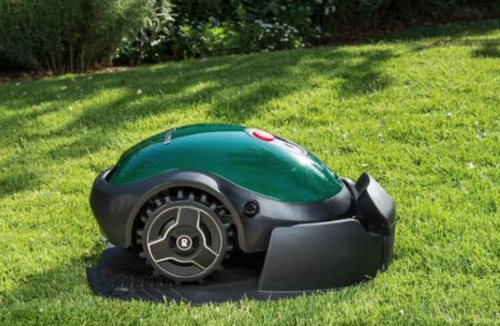 Rise of the robots - why buy an automatic robot lawn mower? – MowDirect